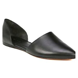 Vince Cuoio Nina Leather Flats